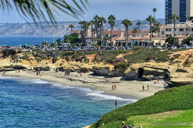 Selling real estate in La jolla california